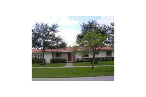 751 Lenape Dr, Miami Springs, FL 33166