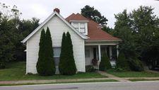883 Main St, Pleasureville, KY 40057
