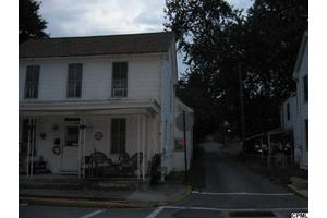 329 Chestnut St, Mount Holly Springs, PA 17065