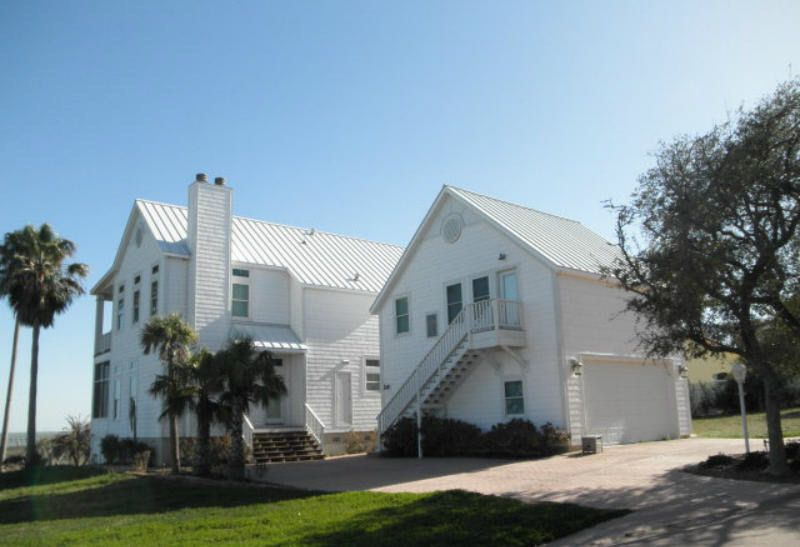 14 Old Cottage Beach Dr Rockport Tx 78382