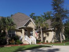169 Harbor Pointe Dr, Brunswick, GA 31523