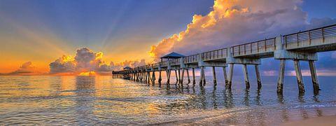 45 Uno Lago Dr, Juno Beach, FL 33408