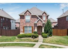 2149 Walnut Square Dr, Plano, TX 75025
