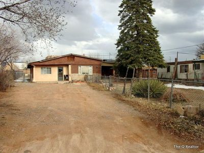 609 Velarde St, Santa Fe, NM
