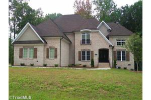 510 W Poplar Ridge Ct, Greensboro, NC 27455