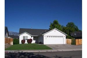 1466 Edlesborough Cir, Gardnerville, NV 89410