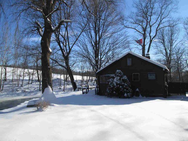 31 Shady Creek Rd, Pleasant Valley, NY
