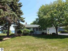 13660 Bluff Rd, Traverse City, MI 49686