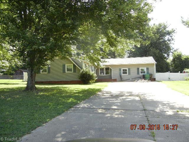 4055 Cresent Ave Trinity, NC 27370