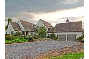 3933 Shermans Valley Rd, Loysville, PA 17047