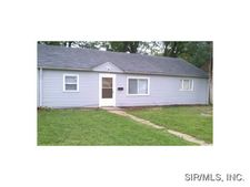 8210 Carol Dr, East Saint Louis, IL 62203