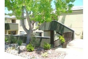 2061 Pine Knoll Dr Unit 6, Walnut Creek, CA 94595