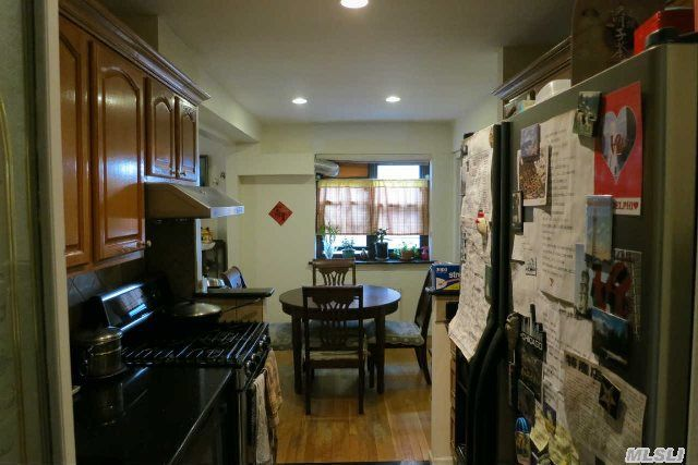 9430 58th Ave Apt 3c Elmhurst Ny 11373 Public Property