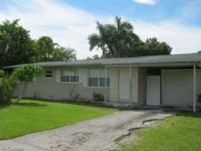 1916 Grove Ave, Fort Myers, FL 33901