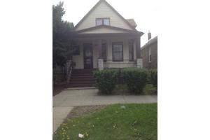 7609 S May St, Chicago, IL 60620