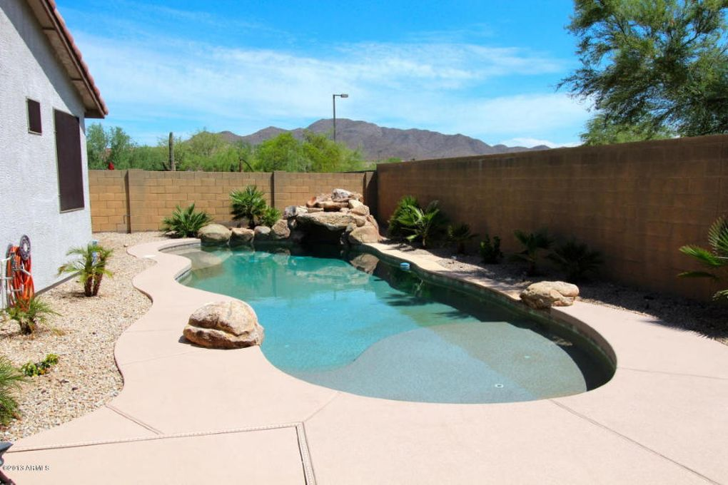 2724 W Steinbeck Ct Phoenix, AZ 85086