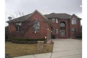 52020 Snow Owl Ct, SHELBY TWP, MI 48315