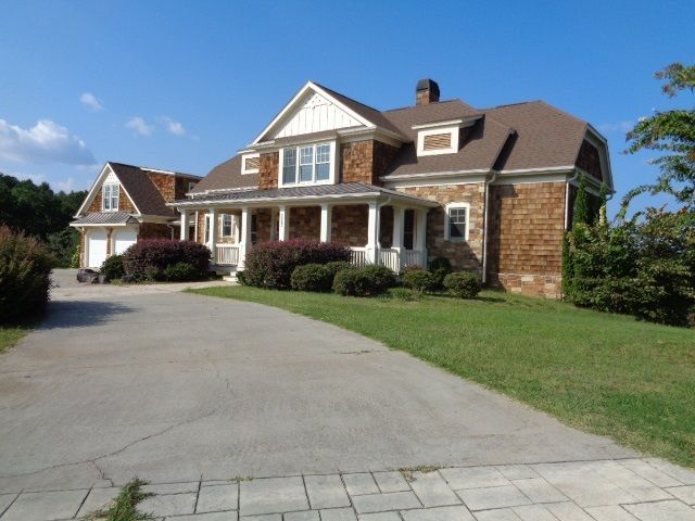 117 sweetwater view rd seneca sc 29672 home for sale for Home builders in oconee county sc