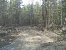 291 W Sleepy Hollow Rd, Essex, VT 05452