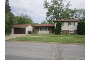 303 Indiana St, Park Forest, IL 60466