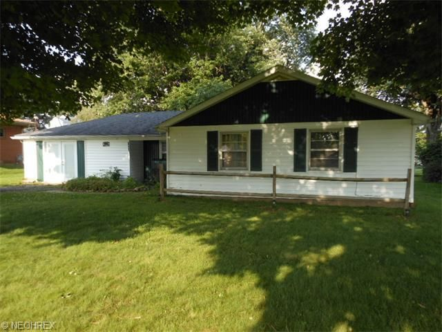 2656 cinema dr zanesville oh 43701 home for sale and