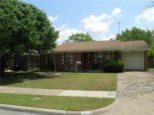 1802 Longview St, Mesquite, TX 75149
