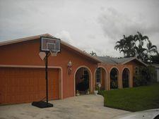 129 Meadowlark Dr, Royal Palm Beach, FL 33411