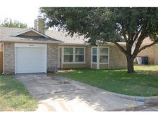 10001 Lone Eagle Dr, Fort Worth, TX 76108