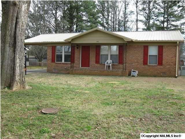 705 Freemont St Sw, Decatur, AL 35601