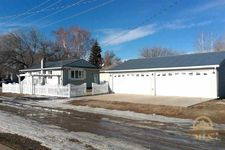 632 9th Ave Sw, Sidney, MT 59270