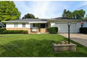 207 Mitchell Ave SW, Mitchellville, IA 50169