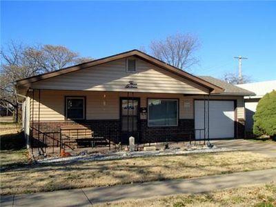 316 N Jefferson Ave, Iola, KS 66749