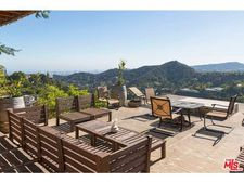 2545 Bowmont Dr, Beverly Hills, CA 90210