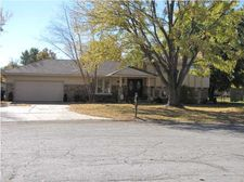 1507 N Caddy Ct, Wichita, KS 67212