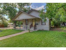 509 W 11th St, Taylor, TX 76574