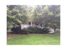 142 Lakeside Dr, Sugarcreek Twp, PA 16262