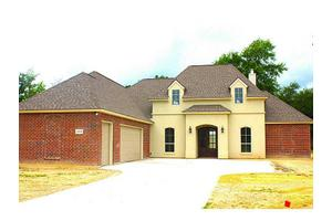 1174 Rue Juliana Ave, Lake Charles, LA 70611