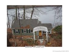 113 Lakeview Dr, Colchester, CT 06415