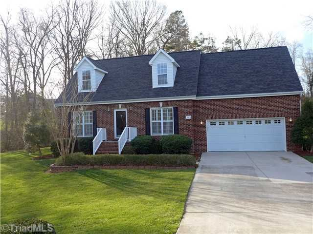 3965 Queens Grant Ct High Point, NC 27265