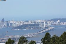 5895 Skyline Blvd, Oakland, CA 94611