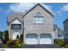 33 Yorkshire Village Rd, Lawrenceville, NJ 08648