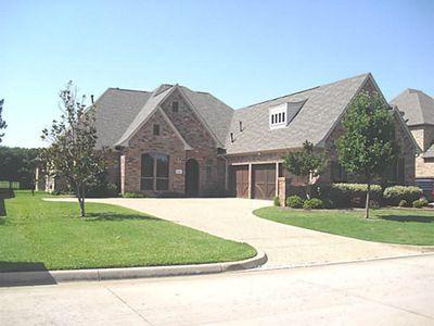 13832 E Riviera Dr, Burleson, TX