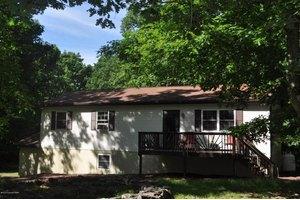 74 Bayberry Rd, Jim Thorpe, PA 18229