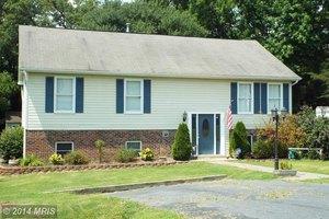 11618 Brian Dr, Fredericksburg, VA 22407