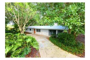 8775 12th St, Vero Beach, FL 32966