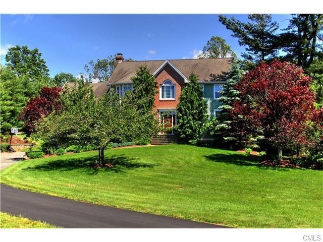 1416 Monroe Tpke, Monroe, CT 06468 - Home For Sale and Real Estate Listing - realtor.com®