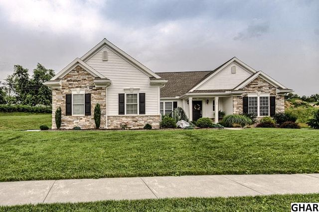125 scenic ridge dr hummelstown pa 17036 home for sale and real estate listing