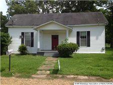 22 Jackson Ave, Enid, MS 38927