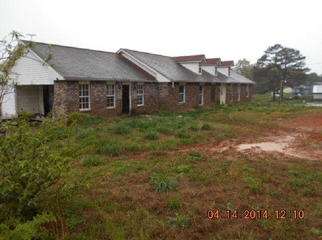 Mls 124917 in carrollton ga 30116 home for sale and for Garage door repair carrollton ga