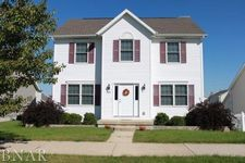 1104 Ogelthorpe Ave, Normal, IL 61761